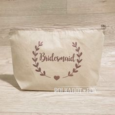 Bridesmaid Wreath Make up Bag for gifts South Africa - Polkadot Box How To Make Wreaths, South Africa, Polka Dots, Make Up, Bridesmaid, Bridal, Box, Party, Gifts