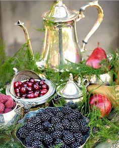 """""""Bom dia queridos! Domingo é dia de aproveitar o cafe da manhã até mais tarde! Imagem Pinterest  #homedecor#tabledecor#tablesetting…"""""""