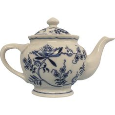 Blue Danube Tea Pot This is the small single cup Blue Danube tea pot. Blue Danube logo on the Blue Danube China, Blue And White Dinnerware, Silver Tea Set, Blue Onion, Blue Pottery, Vintage China, White Porcelain, Tea Pots, Decoration