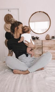 Katharine Dever II Transformation Expert and Business Coach Mom And Baby, Baby Love, Baby Kids, Cute Family, Baby Family, Family Goals, Little Babies, Cute Babies, Future Mom