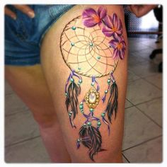 Dream catcher tattoo on thigh for women - tattoos book - Dreamcatcher Tattoo Thigh, Dreamcatcher Tattoo Meaning, Watercolor Dreamcatcher, Watercolor Tattoo, Neue Tattoos, Body Art Tattoos, Sleeve Tattoos, Thigh Tattoos, Tatoos