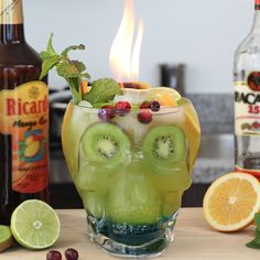 Mango Cocktail, Mango Rum, Skull Island, Banana Coconut, Coconut Rum, Rum Recipes, Smoothie Recipes, Kiwi, Passion Fruit Syrup