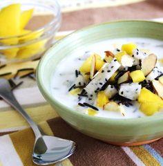 Black Dragon Cereal ~ warm coconut milk, wild rice, mango and dragon fruit (GF) | Inspired Edibles