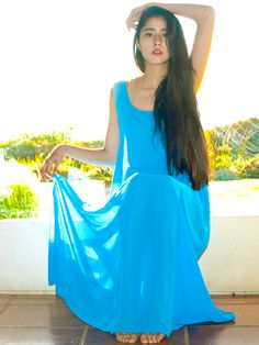 Gorgeous maxi dress in blue!