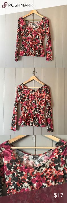 """NEW Lily Rose Floral Peplum Top 🌸 Adorable top, new with tags! Armpit to armpit is 17"""". Length is 22"""". Offers are welcome. ☺️ Lily Rose Tops"""
