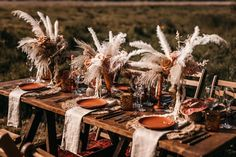 Spot Top Wedding Trends in this Boho-Glam Inspiration - Green Wedding Shoes wedding table decor Spot Top Wedding Trends in this Boho-Glam Inspiration - Green Wedding Shoes Top Wedding Trends, Chic Wedding, Wedding Designs, Wedding Stage, Wedding Ideas, Tent Decorations, Wedding Decorations, Green Wedding Shoes, Wedding Colors