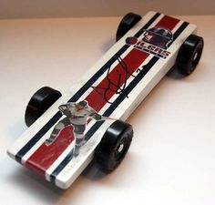 Providing you with selected content from the Pinewood Derby Times Newsletter, and other writings. Girl Scout Swap, Girl Scout Leader, Derby Cars, Brownie Girl Scouts, Girl Scout Crafts, Eagle Scout, Pinewood Derby, Service Projects, Pearler Beads