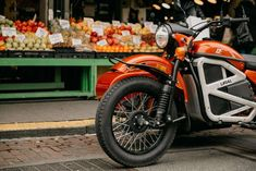 The Russian motorbike manufacturer Ural Motorcycles finally participated in the hype train by showing their electric motorbikes. Ural Motorcycle, Motorcycle Design, Bike Design, Proof Of Concept, Stop Light, Cool Motorcycles, Super Bikes, Sidecar, Electric Motor