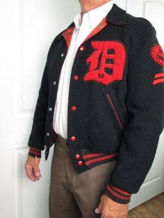 f300d7e9e0e2eb VTG 1951 Varsity Football Letterman Jacket Dorchester Men Black Wool Red  Satin