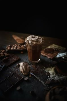 For the Chocolate Lovers! 30 Mouth-watering Desserts with Recipes! | Charory