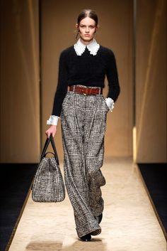 Luisa Spagnoli Herbst/Winter Ready-to-Wear - Kollektion 2020 Fashion Trends, Fashion 2020, Look Fashion, Runway Fashion, High Fashion, Fashion Show, Womens Fashion, Fashion Design, Vogue Fashion
