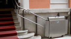 Servoscala per disabili: come funzionano, i prezzi, le detrazioni fiscali che si possono ottenere e le regole e la normativa per l'installazione in condominio. Un servoscala per disabili è un dispositivo che, installato nei pressi delle scale, permette a chi ha problemi di mobilità di raggiungere i piani superiori di[...]