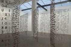 Jaume Plensa #letters #art #installation Light Installation, Interactive Installation, Art Installations, Outdoor Art, Art Plastique, Public Art, Bauhaus, Art Inspo, Sculpture Art