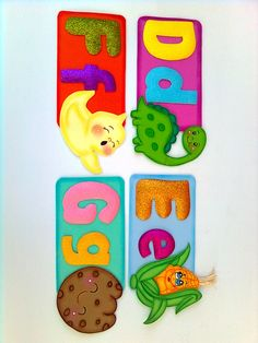 ABECEDARIO EN FOMI Class Door Decorations, Crafts To Make, Alphabet, Minnie Mouse, Lily, How To Make, Google, Gross Motor Skills, Creativity