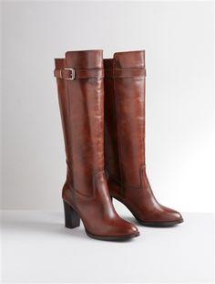 177 meilleures images du tableau bottes femme en 2019   Womans boot ... ea4636e60ab1