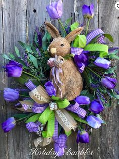 Catch spring fever with our quick and easy Easter decorating ideas for your home. We have an array of fun and colorful DIY Easter decorations that you'll be sure to love, from mantel decor to centerpieces to kid-friendly crafts. Easter Wreaths, Holiday Wreaths, Holiday Crafts, Spring Wreaths, Easter Projects, Easter Crafts, Easter Ideas, Easter Decor, Easter Centerpiece