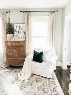 If you are looking for Simple Living Room Christmas Decor Ideas, You come to the right place. Here are the Simple Living Room Christmas Decor Id.