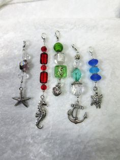Your place to buy and sell all things handmade Beaded Crafts, Wire Crafts, Jewelry Crafts, Beaded Purses, Beaded Jewelry, Jewellery, Beading Projects, Zipper Pulls, Bead Earrings