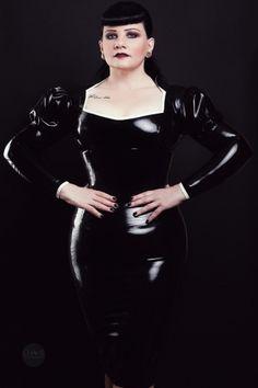 Latex Oberteil Strict Madame