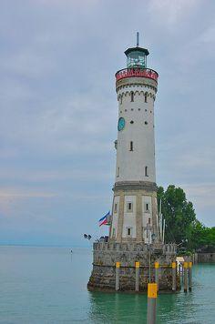 Lindau Leuchtturm Löwe Lake Constance (Bodensee) Bavarian Deutschland 47.542778, 9.683333