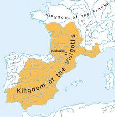 Los visigodos se hicieron cargo de la península y hicieron de Toledo su capital.  -Visigoths all took over the majority of the peninsula.  -They made Toledo their capital --the Suebi, the Alani, the Vandals also helped take over the peninsula.