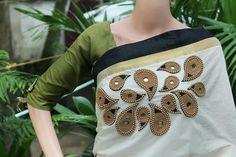 Different types of designer saree and blouse - ArtsyCraftsyDad Saree Embroidery Design, Floral Embroidery Patterns, Embroidery Works, Hand Embroidery Designs, Beaded Embroidery, Applique Designs, Set Saree, Saree Dress, Kerala Saree Blouse Designs