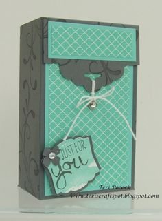 Scallop Tag Topper   Gift Box