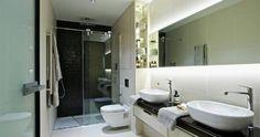 En-suite bathroom to master suite.