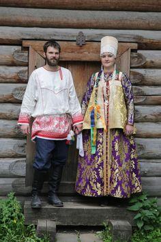 Russian traditional costumes, Northen provinces, 19c, replica