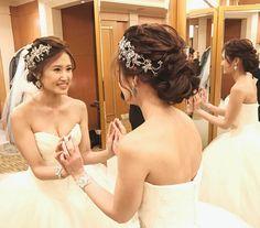 Pin by mayumi on ウェディングヘア Bridal Braids, Bridal Updo, Pinterest Hair, Wedding Pinterest, Short Wedding Hair, Wedding Updo, Dress Hairstyles, Bride Hairstyles, Bridal Shower Bride Outfit