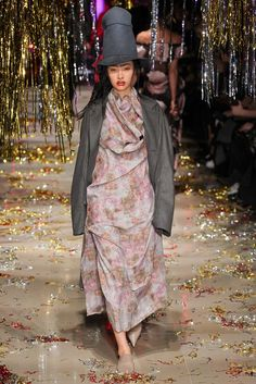 Vivienne Westwood Fall 2015 #PFW