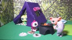 How to Make an LPS Tent PLUS S'mores Snacks: Doll DIY