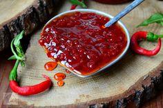 Dulceata de ardei iuti, o dulceata dulce-picanta, idealapentru fripturi sau branzeturi. Caviar, Good Food, Fish, Meat, Canning, Recipes, Cooking, Pisces, Healthy Food
