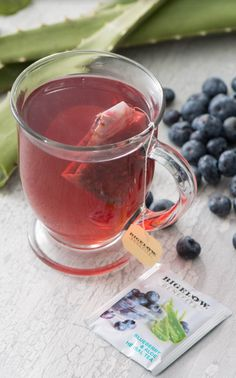 Bigelow Benefits Radiate Beauty Tea: Isn't it nice to know you Radiate Beauty every day. Rich fruity flavored and blueberry sweetness made smooth and delicious by the subtle aloe notes at the end.