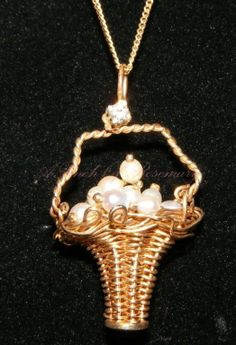 14K Gold Basket Pearls Pendant Necklace or Charm Diamond Top Movable Handle Necklace 3.7g..
