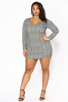 Fashion Nova has of plus size dresses for women. Shop plus size cocktail dresses, long dresses, bodycon dresses for your next gram-worthy going out look. Shop our sale items for cheap plus size dresses online! Black Women Fashion, Curvy Fashion, Plus Size Fashion, Girl Fashion, Womens Fashion, White Fashion, Ladies Fashion, Plus Size Cocktail Dresses, Plus Size Maxi Dresses