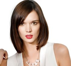Customise your mid-length cut for your face-shape: http://www.womenshealthsa.co.za/beauty-style/easy-hair/haircut-styles-for-summer?page=3
