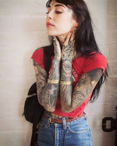 😍 SWIPE To see a beautiful piece of art.❤ And what she has written under her post is so beautiful! I hope one day (I hope it will be soon)… Hannah Snowdon Tattoo, Hannah Pixie Snowdon, Snow Tattoo, Pixie Tattoo, Tattoed Women, Punk Rock Fashion, Inked Girls, Tattooed Girls, White Girls