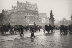Emil Zola was a photographer? – Photography, Images and Cameras Paris 1900, Old Paris, Vintage Paris, History Of Photography, Street Photography, Old Pictures, Old Photos, Vintage Photos, Modern Artists
