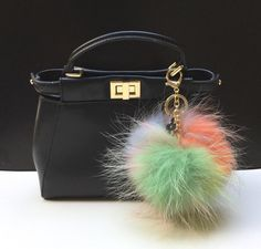 34.00$  Watch here - http://viahs.justgood.pw/vig/item.php?t=6xo00k15538 - NEW Tropical Swirl™ Multi Color Raccoon Fur Pom Pom bag charm clover flower char 34.00$