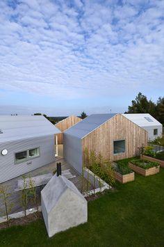 Summer House. Location: Region Zealand, Danimarca; firm: Jarmund/Vigsnæs AS Architects MNAL (Einar Jarmund, Alessandra Kosberg, Håkon Vigsnæs); year: 2012