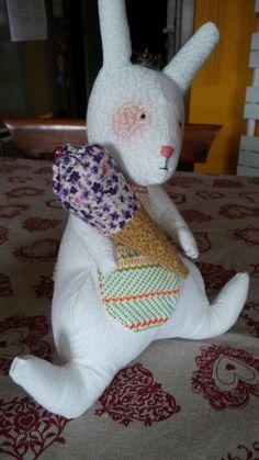 Coniglietto con gelato