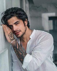 Beautiful Men Faces, Beautiful Boys, Gorgeous Men, Portrait Photography Men, Bad Boy Aesthetic, Ginger Men, Stylish Boys, Model Face, Poses For Men