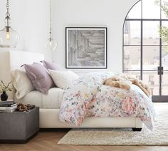 Add luxury to your bed with Pottery Barn's vast selection of duvet covers and shams. Choices include breezy linen and quality cotton in solid colors and patterns. Office Storage Furniture, Furniture Slipcovers, Free Interior Design, Patchwork Designs, Cotton Duvet, Make Your Bed, Duvet Insert, Bedroom Decor, Bedroom Ideas