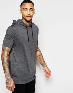 Imagen 1 de Camiseta larga de corte holgado con capucha y bolsillo tipo canguro de ASOS