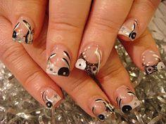 Nail Art: August 2010
