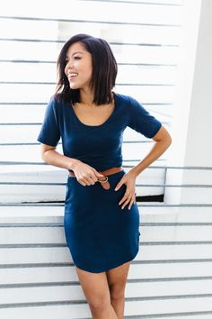 The Sunny Dress (or top!) is a simple, versatile style. It is reversible and can be cut as a dress or top. It features a scoop neckline (wear it in front or back!). It also has set in sleeves, and a scalloped hemline. The fit is body skimming without being too tight. * easy * for
