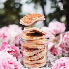 A może by takie śniadanie?  #pancakes #peonies #harpersbazaarpolska #harpersbazaar #dziendobry #hello #morning #breakfast repost @veganlov  via HARPER'S BAZAAR POLAND MAGAZINE OFFICIAL INSTAGRAM - Fashion Campaigns  Haute Couture  Advertising  Editorial Photography  Magazine Cover Designs  Supermodels  Runway Models