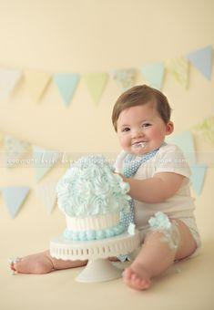 Happy First Birthday baby M! Massachusetts first birthday cake smash photographer. » Heidi Hope Photography