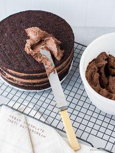 Vegan Chocolate Buttercream (Dairy Free, Gluten Free, Soy Free, Nut Free, Refined Sugar Free & Probably Paleo too)